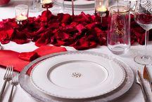Senin Sofran - Sevgililer Günü Sofrası / Sevgililer Günü'nde #SofraDediğin romantizmi canlı tutar. Siz de o özel güne yakışacak bir sofra hazırlayın.