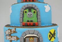 Kid Birthday Party / kid friendly birthday cakes, birthday decor, diy birthday crafts, birthday party inspiration, birthday party themes