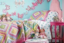 M&C's room / Aqua and Coral / by Cari Yielding