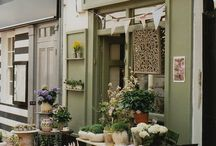 My Dream Florist and Tea Room / Ideas of how I want my very own florist and tea room to be.