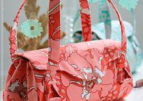 Handbags / by Pauli Ewing