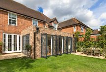 Surrey extension - traditional meets modern / A simple yet effective rear extension to a detached property in Reigate, Surrey, UK | Flat roof extension which blends harmoniously with the existing building |