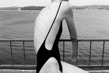 Summer fashion accessories hat and beachwear / L'Estate e il suo corredo di magia racchiusa negli accessori più amati, dal cappello ai gioielli al mitico beachwear ..