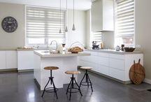 Raamdecoratie / Wordt geïnspireerd door ons uitgebreid gamma raamdecoraties. Bezoek ons in één van onze winkels te Bornem of te Dendermonde. Wij zitten ook op Facebook!
