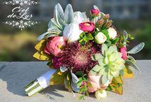 Wedding Flowers (bouquets, backdrop, centerpieces, etc.)