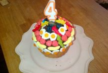 Easy cakes, biscuits and birthday cakes