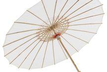 Sombrinha Japonesa em Bambu / Linda sombrinha oriental com belíssimos desenhos, um clássico na decoração Oriental, utilize para dar um toque oriental ao seu ambiente, utilizado também, na decorações de festas, como aniversários, casamentos e eventos.