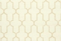 Gold Wallpaper / Gold delivers bold appeal in a living room, bedroom or office