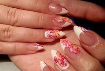 Pinkkiä ja makeaa / Gel nails with mosaic gel paints