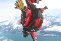 Skydiving over Snowy Queenstown / When it snows in downtown Queenstown, it looks magical. Take a look at that magical scenery while jumping out of a plane at 15,000ft - an experience not to forget!