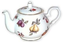 Teapots / by Lynn Tomlinson
