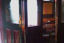 Irish pubs / by Alina Cervantes Deverewhite