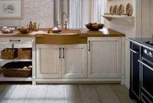 Minacciolo Kitchen Furniture By Woodylook / Η εξειδίκευση στον παραδοσιακό  σχεδιασμό  και η χειροποίητη κατασκευή επίπλων κουζίνας, μπάνιου & επίπλων για όλο το σπίτι, έχουν αναδείξει την εταιρία Minacciolo πρωτοπόρο στο Country style στην κλασσική του μορφή με τα σκούρα χρώματα αλλά και στην πιο ανάλαφρη μορφή του Country chic με τους υπέροχους παστέλ χρωματισμούς. Με τα έπιπλα κουζίνας Minacciolo θα δημιουργήσετε ένα ονειρεμένο περιβάλλον. Επικοινωνήστε τώρα για δωρεάν σχεδιασμό της κουζίνας σας! www.woodylook.gr