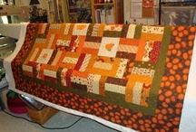 Fall Quilts / Fall quilt patterns, leaf quilt patterns, and pumpkin quilts