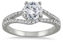 Engagement Rings / Beautiful diamond engagement rings made to capture hearts