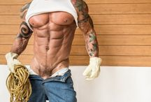 Men Wear Hips Deep