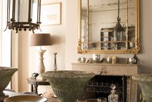 Lamps, chandeliers and candlesticks