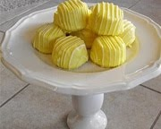 Cake Stands / by Crystal Chesser