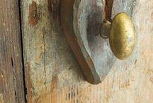 door hinges and knobs