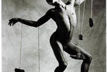 La danza de los malditos / Este trabajo del año 97 es el ultimo proyecto personal  que realizé con  modelos, por esas fechas me relacionaba con gente del mundo de la danza y decido realizar este trabajo en torno a temas como la soledad , la incomunicación y las relaciones humanas