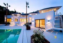 ID: #3748 Domotics Вилла в Марбелье La Zagaleta / Domotics Вилла в Марбелье La Zagaleta  Эта вилла только что была заново отстроена в одном из лучших мест в элитном закрытом комплексе ЗАГАЛЕТА. Уникальные, потрясающие виды на море, Африку и Гибралтар.  Изюминкой этого дома в Марбелье является дизайнерская подстветка виллы, сада и большого бассейна, сконструированного в разных плоскостях с  эффектом объемности. Read More... http://xn--80acmybz1gya.net/property/domotics-вилла-в-марбелье-la-zagaleta/