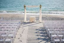 Beach Weddings / Whether you live in paradise, or you dream of a destination wedding - who doesn't love a beach wedding?