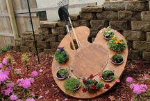 Enchanting Gardens / If you have a garden and a library you have everything you need.