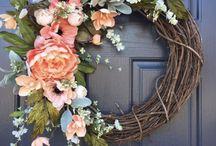 Wreaths / DIY wreaths