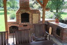 Barbecue di mattoncini per giardino