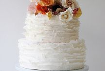Cakes & Cupcakes / Cakes, cupcakes, and icing / by Crystal Isenhour