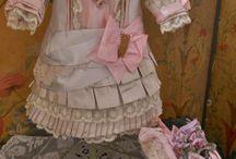 staré panenky +oblečky