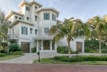Florida Homes to love / USA Currently on the market gorgeous homes and settings that inspire love.