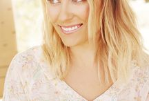WOMEN | Lauren Conrad / I always find beautiful and flawless this girl/woman. She's so creative and pretty and down to earth that she deserves a board.