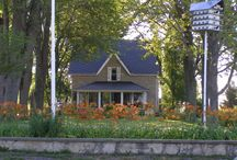 Pelee Island - Places to Stay / Pelee Island has cottages, B&B's, motels and campgrounds