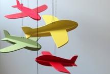 Aviones de papel- cartón - madera