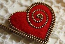 Felting- brochs, earrings, necklace