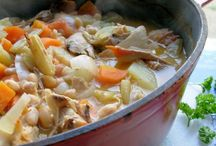 Love the Crock Pot / delicious meals that are quick and easy... Crock pot delight