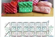 bolsos tejidos al crochet / como realizar bolsos tejidos al crochet / by Silvia Cañada