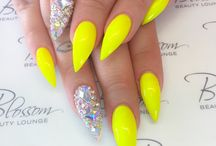 Neonnagels
