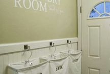 Home - Laundry Room Ideas / by Teresa Cabeza