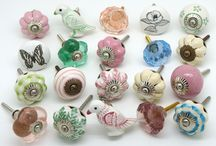 Incredibly beautiful Vintage Door Knobs / Collection of door knobs with a Vintage Theme - stunning combinations