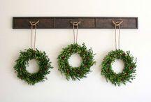 Holiday Wreaths / Holiday #wreath ideas.  Christmas wreaths, DIY wreaths and more.