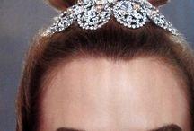 BRIDIAL HAIR TOPKNOT
