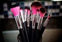 Makeup: Brushes / by Yara 🎀