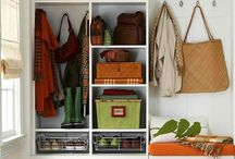 Be Organized / Kick the clutter to the curb!