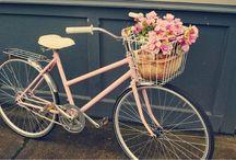 Bicycle Chic / Stylish Bicycle looks