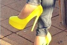 Yellow Heels 👠👠 / by Chuyiita