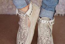 Footsies ;) / by Esther Ochoa