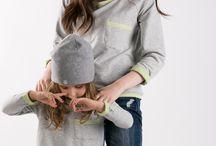 Blouse 2Face - the same wear for mom and doughter / Matching mommy and daughter outfits. Set of two loose, comfortable cotton sweatshirt with double-sided. Zestaw dwóch luźnych, wygodnych bluz z dwustronnej bawełny. Regulowana dowolnie długość rękawa typu reglan i dość obszerny krój sprawiają, że jest to fason dedykowany osobom o różnych gabarytach.  http://www.thesame.eu