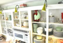 Kitchen Cabinets..paint 'em!  / by Cheryl Bidlake-Myers